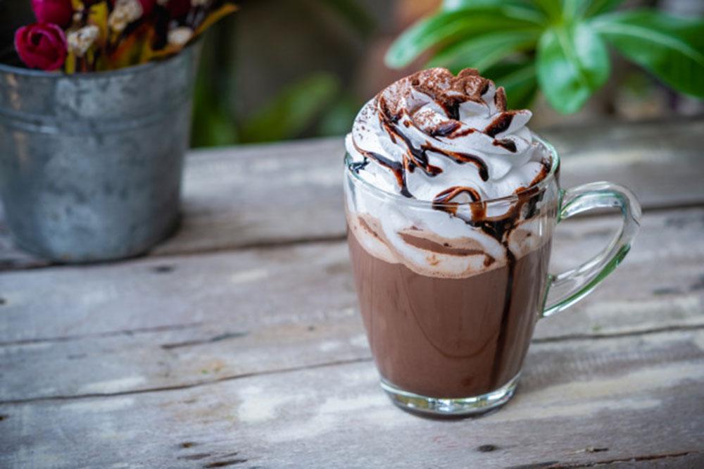 Le siphon à crème ou à chantilly : ustensile pratique et amusant pour développer votre créativité culinaire